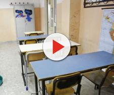 Dal 2020, nelle scuole, pulizie affidate al solo personale Ata pubblico.