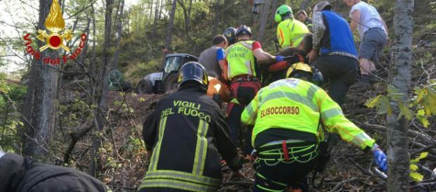 Calabria, anziano precipita in un dirupo e muore