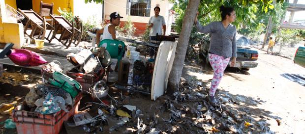 Damnificados de Nayarit recibirán ayuda de la nueva administración gubernamental de AMLO.