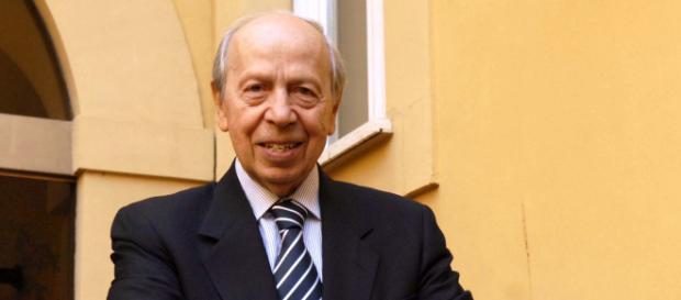Lamberto Dini, ex Presidente del Consiglio.