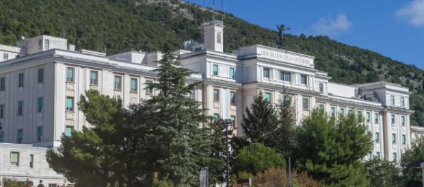 San Giovanni Rotondo, infermiere stupra paziente nell'ospedale di Padre Pio: arrestato
