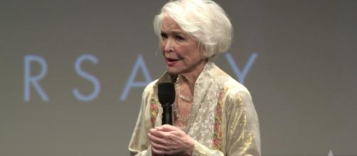 Actress Ellen Burstyn is among the celebs with birthdays on December 7. - [Oscars / YouTube screencap]
