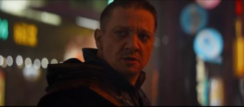 """Hawkeye has transformed into the darker character Ronin in """"Avengers:Endgame."""" [Image Credit] MTV International - YouTube"""