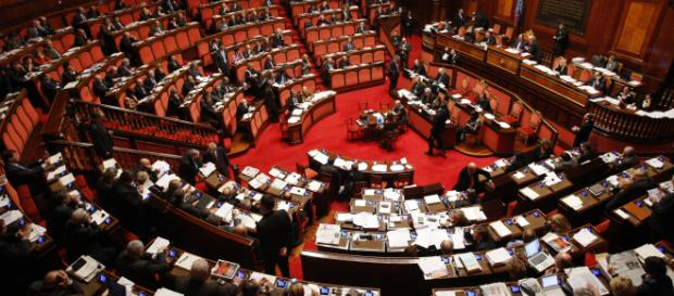 Pensioni, il governo porta a casa il Sì alla manovra nella votazione alla Camera: la Lega resta di stucco di fronte al M5S sugli assegni d'oro.