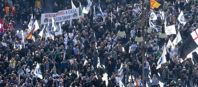 Salvini in piazza del Popolo: 'Daremo forza e sangue per una nuova Europa'