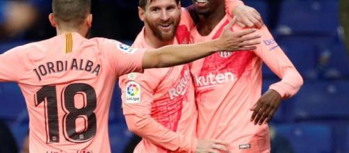 Actuación estelar de Lionel Messi, dos goles y puntero con el Barcelona
