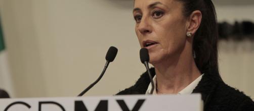 Claudia Sheinbaum recibe solicitudes de ayuda de la población de CDMX. - bajapress.com