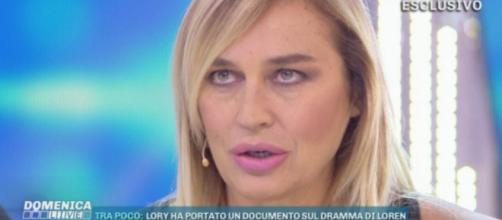 Lory Del Santo ospite a Domenica Live: 'ho temuto di perdere anche Devin'