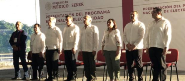 El presidente López Obrador presentó Programa Nacional de Electricidad.