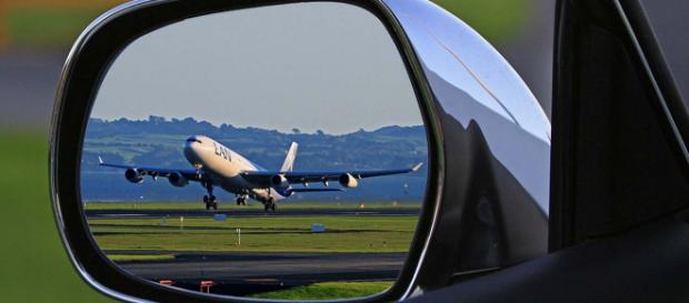 When travelling by air, sometimes things don't go as smoothly as we would like. [Image Pixabay]