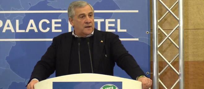 Tajani: 'Governo M5S-Lega sciagurato, stanno facendo precipitare l'Italia in Serie C'