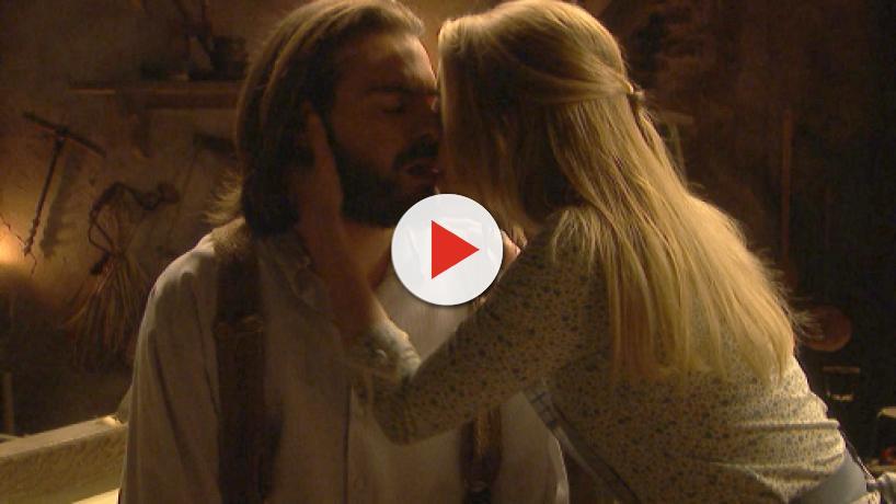 Spoiler, Il Segreto: Isaac fa l'amore con Antolina dopo aver ucciso un uomo
