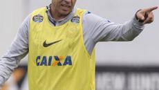 Impressionante. Carille faz grande mudança no time titular do Corinthians
