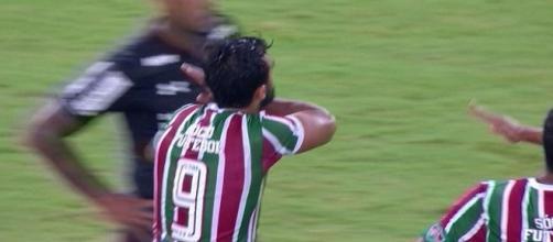 Com a saída de Henrique Dourado, Fluminense busca novo centroavante (Foto: Reprodução/Sportv)