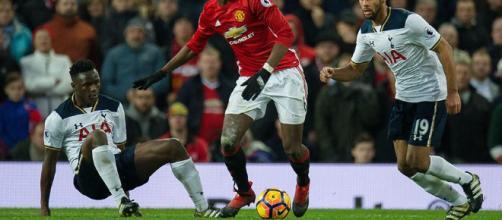 El Manchester United fue derootado por el Tottenha... - Foto: peru,com