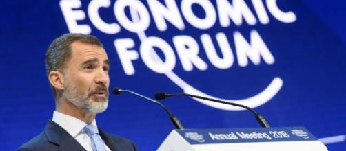 """Felipe VI insta en Davos a respetar la Constitución porque """"no es ... - 20minutos.es"""