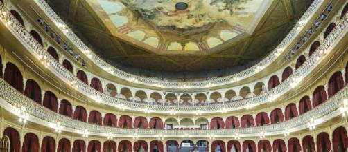 Imagen del interior del Gran Teatro Falla donde se celebra el el Concurso oficial de agrupaciones carnavalescas de Cádiz
