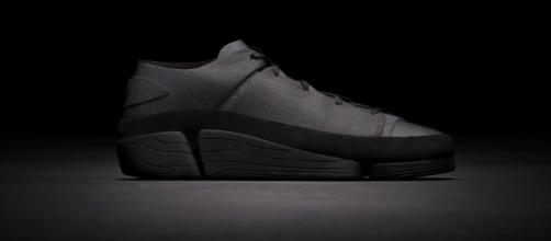 Limited Edition sneakers inspired by Black Panther. [Image source: EDICIONES SIBILA-PUNTOMODA/ Youtube screengrab]