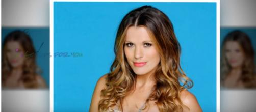 Melissa Claire Egan says goodbye to Genoa City.(Image via Gossipsforyou Youtube screencap).
