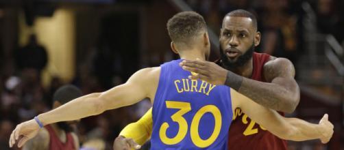 """A Steph Curry le gustan las """"luchas"""" de LeBron y Los Cavaliers. - usatoday.com"""