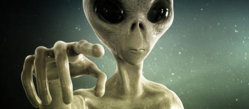 Armi nucleari e alieni: le dichiarazioni di Steve Bassett - newsdogshare.com