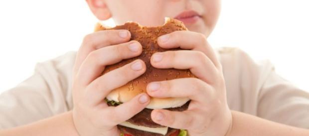 Cómo tratar y prevenir la obesidad infantil