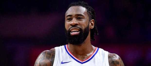 Report: Clippers willing to trade DeAndre Jordan to the Cavs if ... - givemesport.com