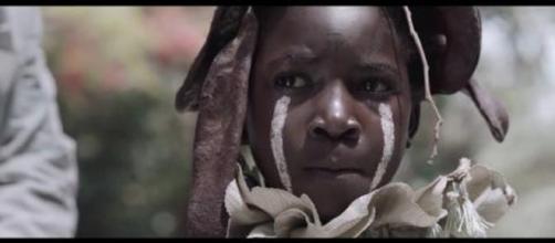 """Entre los ganadores estuvo el escritor y director recién llegado Rungano Nyoni para su primera película debut titulada """"I Am Not A Witch""""."""