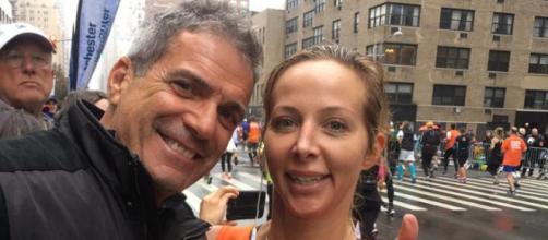 Mario Singer and Kasey Dexter pose together during a NY marathon. [Photo via Facebook]