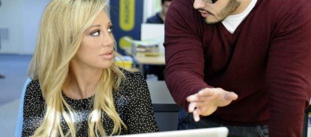 Belén Esteban recibiendo instrucciones en su nuevo trabajo - Belén ... - bekia.es