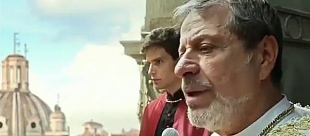 Flávio Galvão interpreta o sacerdote mestre da Igreja da Sagrada Luz, religião polêmica da novela ''Apocalipse''
