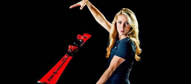 La líder de Copa del Mundo de esquí Mikaela Shiffrin renueva por ... - lugaresdenieve.com