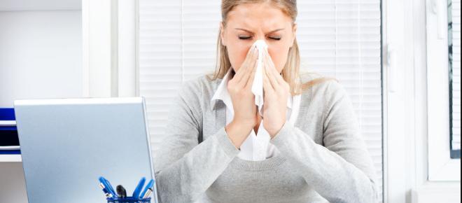 Empresas y comercios deben dar permisos pagados a sus empleados por enfermedad