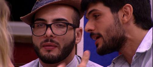 ''BBB 18'': Lucas repreendeu o jeito de Mahmoud durante a festa com o tema da Amazônia