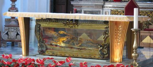 Le spoglie di San Valentino lasciano la basilica temporaneamente dopo 44 anni