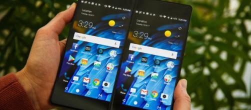 Teléfonos con doble pantalla abren la puerta a un cambio radical.