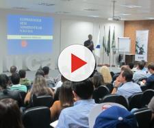 Brasil fecha 12,3 mill vagas no mês de entrada da reforma em vigor.