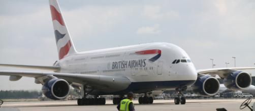 El Aeropuerto de la Ciudad de Londres se cerró tras el hallazgo de una bomba