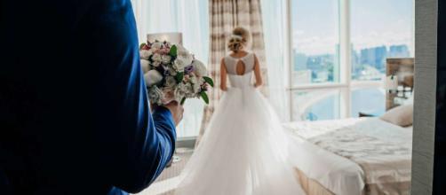 La mejor decoración para la habitación de hotel en tu noche de bodas