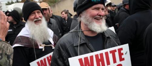 Nacionalistas blancos se manifestaron en dos ciudades de Tennessee.