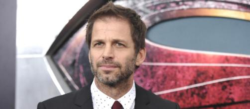 Page 1 - Zack Snyder Talks The DCEU, Fires Shots at Marvel &... - heroichollywood.com