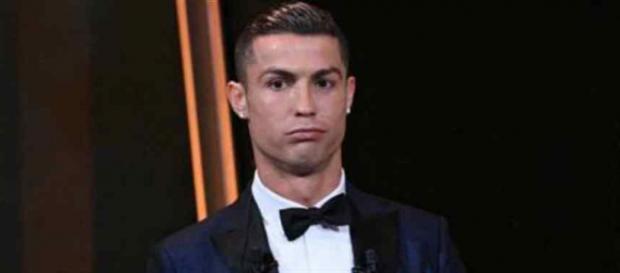 Cristiano Ronaldo volta a ser candidato a ganhar a Bola de Ouro. (Foto Reprodução).