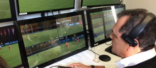 Equipes da série A do Brasileiro não concordam com a proposta de árbitro de vídeo.