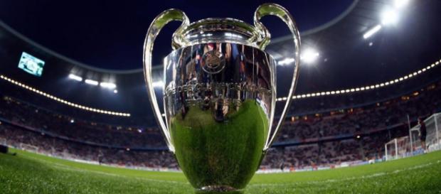 La Liga de Campeones de la UEFA, anteriormente conocida como Copa de Europa