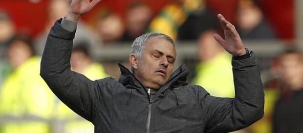 Paul Pogba, Phil Jones, Chris Smalling, Juan Mata y Anthony Martial han luchado por la coherencia bajo la dirección de José Mourinho.