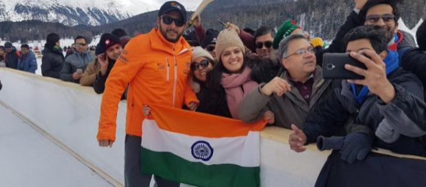 Shahid Afridi asks fan to hold Indian flag properly, wins hearts (Image Cr: NDTV/Youtube)