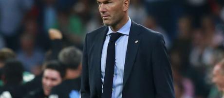 El jefe del Real Madrid sub-19 Guti no rechazaría la posibilidad de reemplazar a Zinedine Zidane