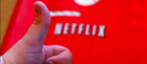 Inquiet, Netflix contacte un de ses utilisateurs qui a regardé 188 ... - slate.fr