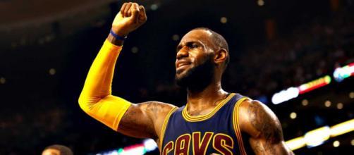 NBA | 'Play-offs' | Lebron James lidera la segunda victoria de los ... - rtve.es
