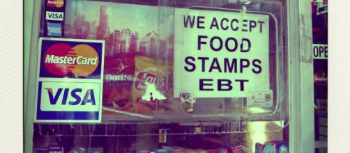 The replacement for food stamps would provide food boxes made with American grown food. Photo: Flickr/Clementine Gallot/CC 2.0